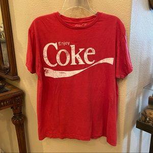 COKE Red T-Shirt Size Large-Unisex